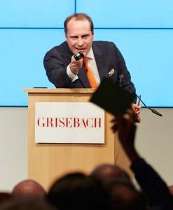 3-Auktionator Daniel von Schacky vom Auktionshaus Villa Grisebach